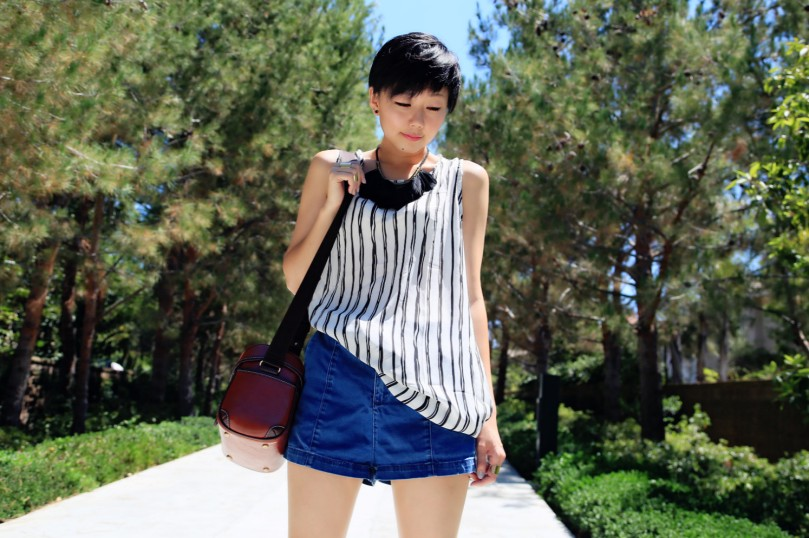 Vertical Stripe look 1
