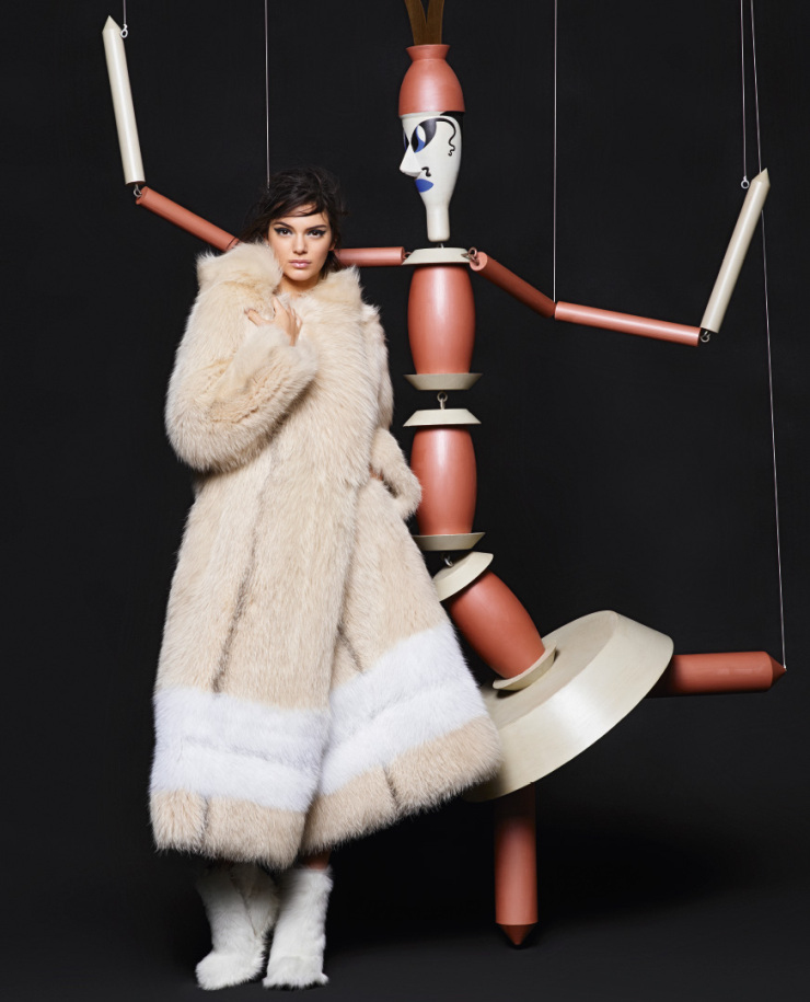 lily-donaldson-kendall-jenner-by-karl-lagerfeld-for-fendi-fall-winter-2015-2016-13