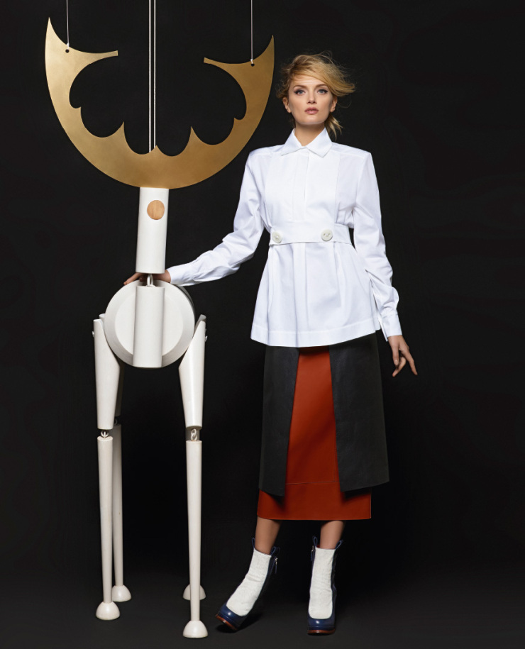 lily-donaldson-kendall-jenner-by-karl-lagerfeld-for-fendi-fall-winter-2015-2016-7